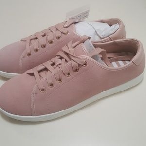 Vionic rose pink suede tennis shoes wide 8.5